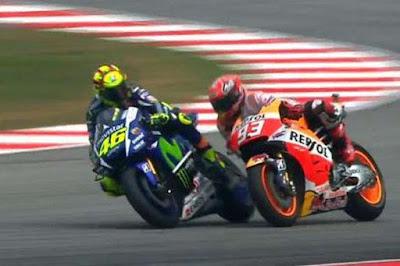 Apa Sebenarnya Tujuan Marquez Halangi Rossi ?