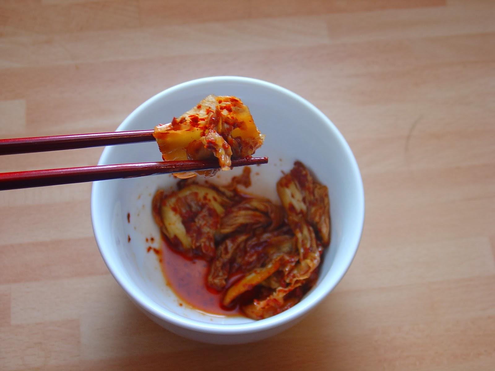 The Vegan Telegraph Exchange: Easy Vegan Kimchi (Mak Kimchi)