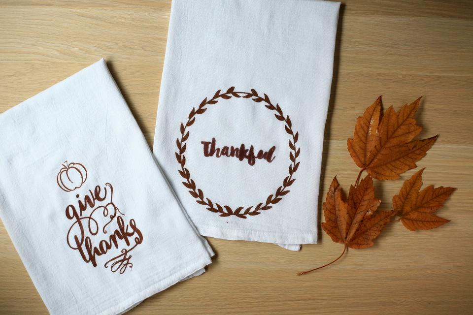 Exceptionnel DIY Thanksgiving Tea Towel Silhouette Stencil Tutorial! U0026 Discount Code /  Create / Enjoy