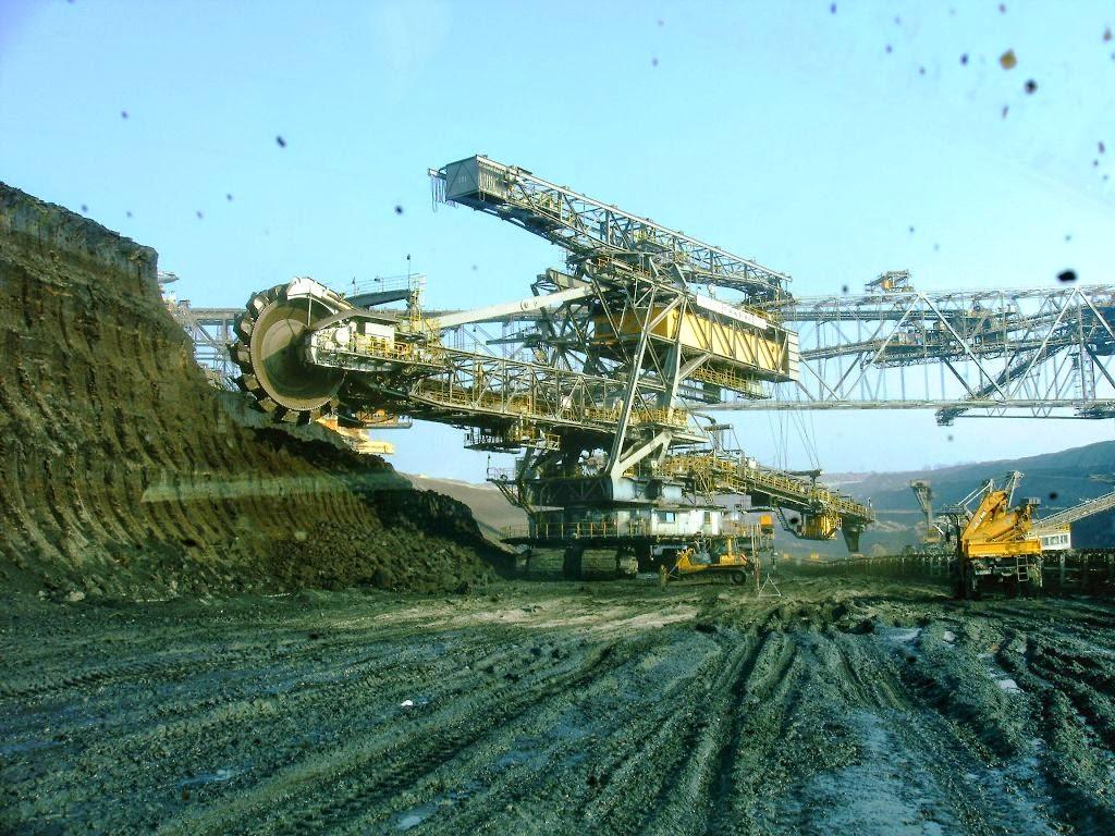 TAKRAF RB293: Mesin terbesar dalam sejarah manusia