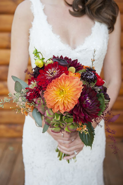 peach and burgundy bouquet