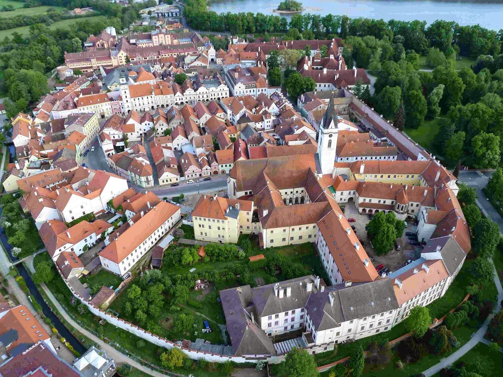 státní zámek Třeboň se zahradou