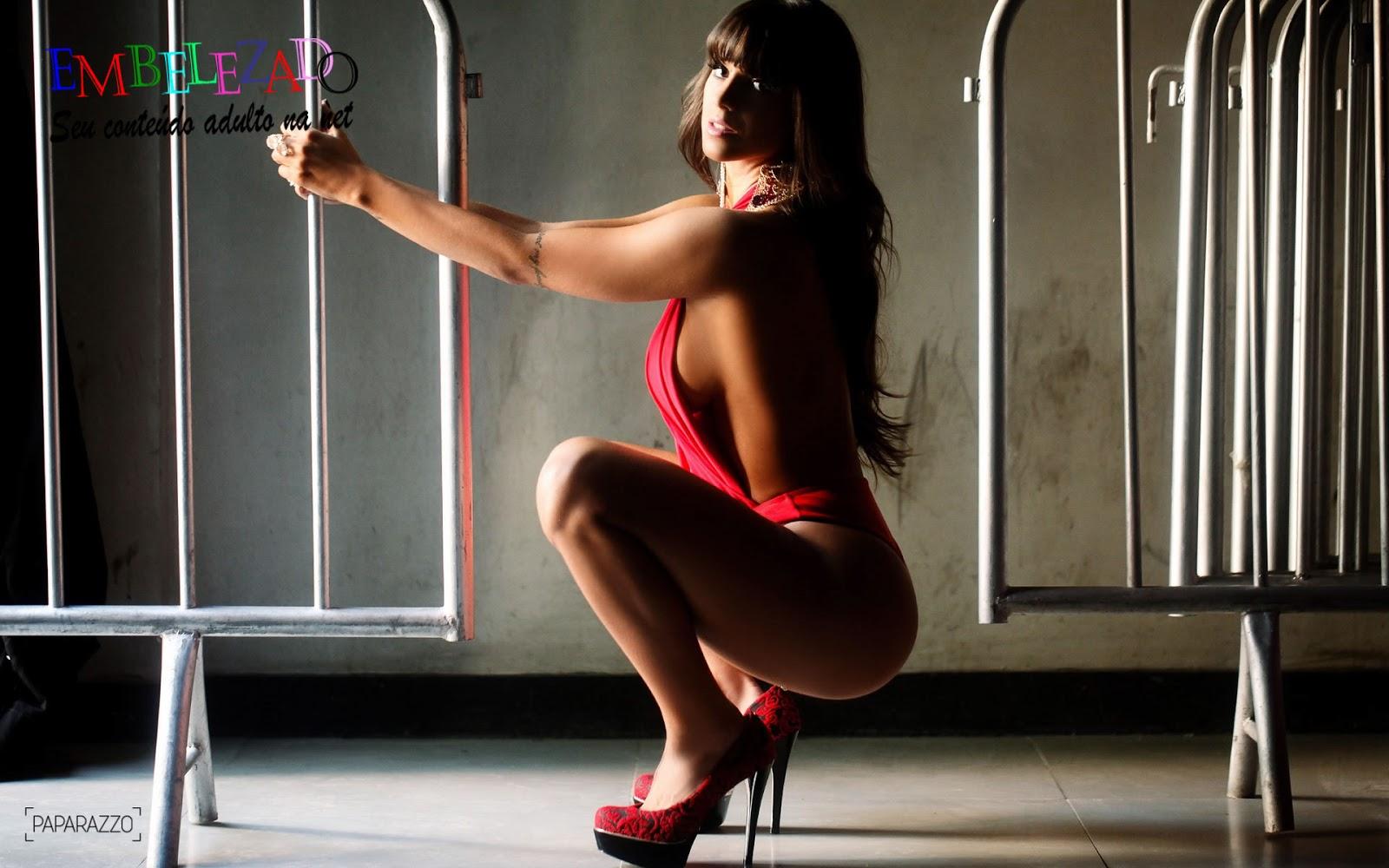Mais Dez Fotos Da Bela Panicat Carol Dias No Seu Ensaio Sensual
