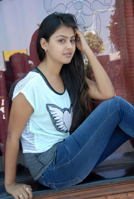 Monal Gajjar Tamil Hot Teen Actress Newest Images