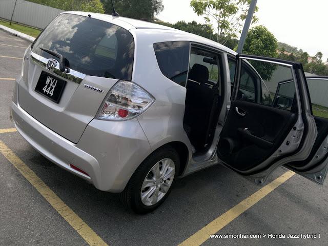 Driven Honda Jazz Hybrid Autobuzzmy