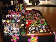 Anéis, pulseiras, botões forrados, pregadeiras, bandoletes, ganchos para cabelo, porta chaves, etc.