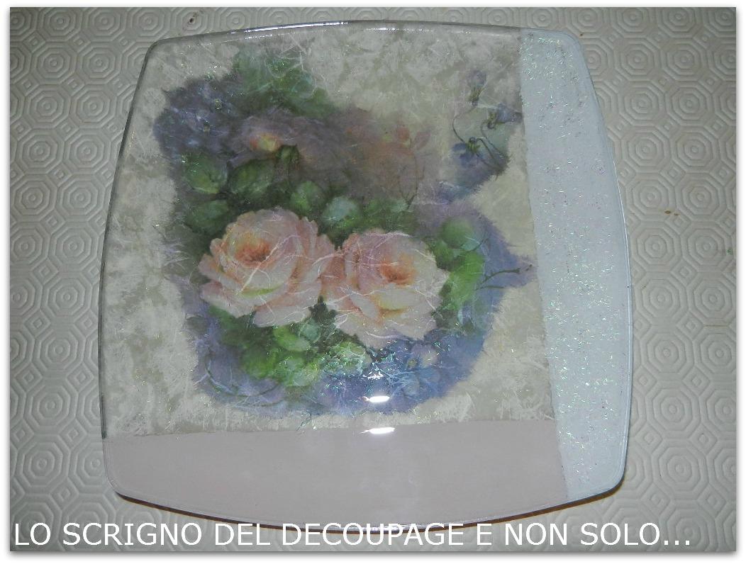 Decoupage su piatto di vetro for Decoupage su vaso di vetro