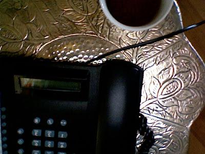 """""""verkehrtes Telefon"""": das alte Analogteil ... seitenverkehrt"""