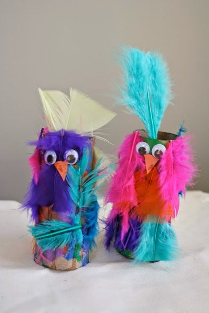 http://littlepageturners.blogspot.com/2010/09/pirates-crazy-feathered-er-parrots.html
