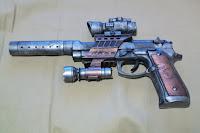 Steampunk Gun Present