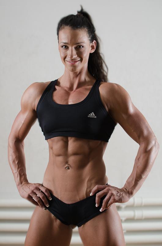 Cindy landolt muscular brunette muscular babes
