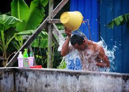 5 Manfaat Mandi Pagi dengan Air Dingin