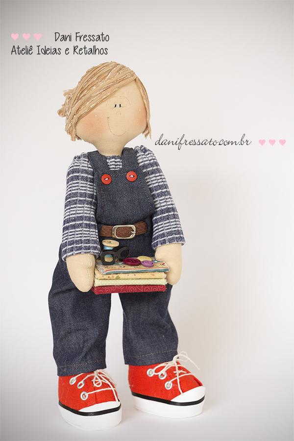 Boneca de tecido Personalizada, Ideias e Retalhos por Dani Fressato