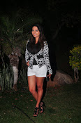 Disha Deshpande glamorous photos-thumbnail-2