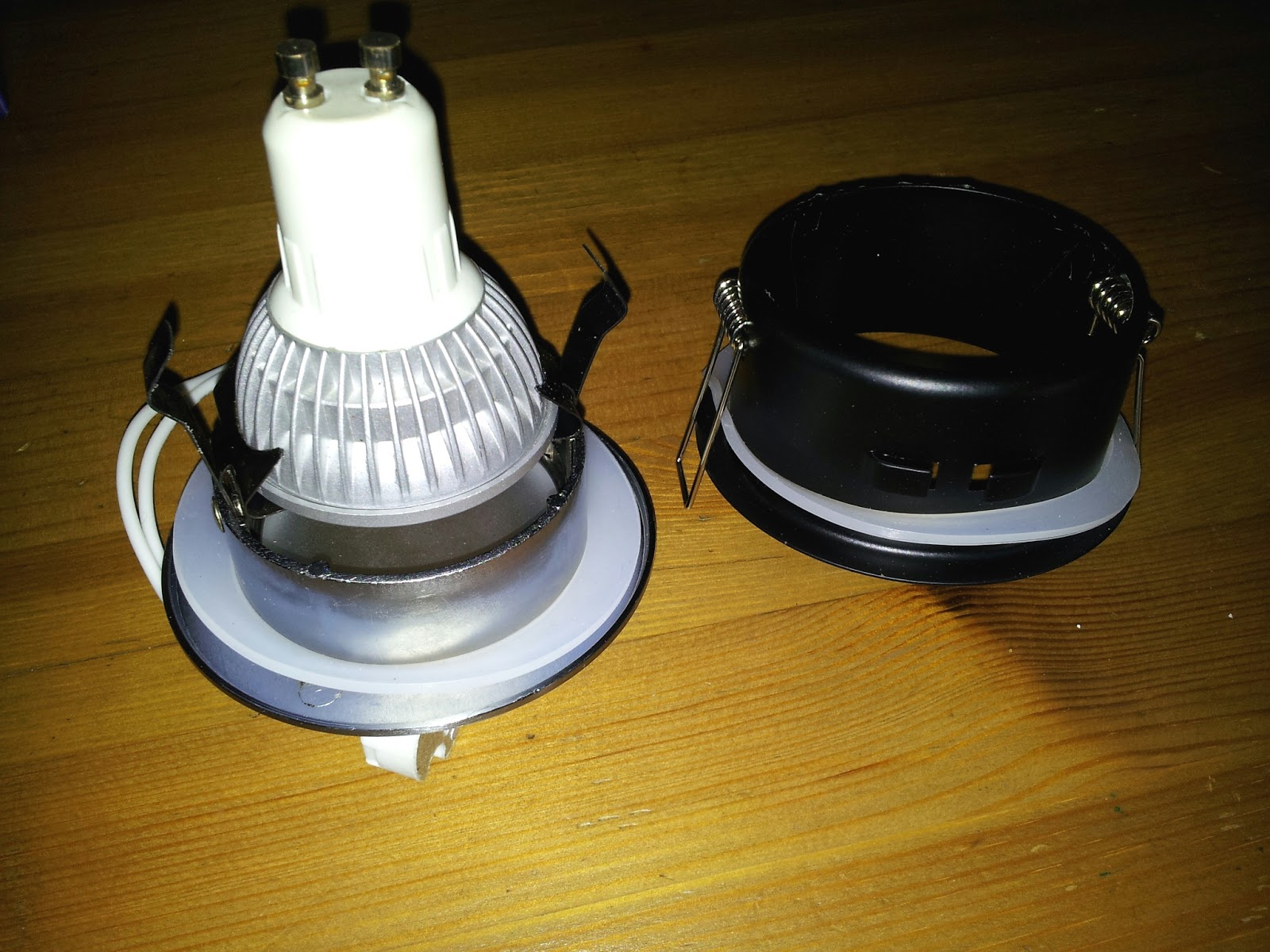 Iluminaci n led ojo de buey para ba o for Precio cambiar sanitarios bano