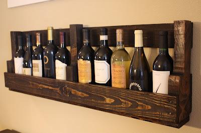Mueble rústico para los vinos