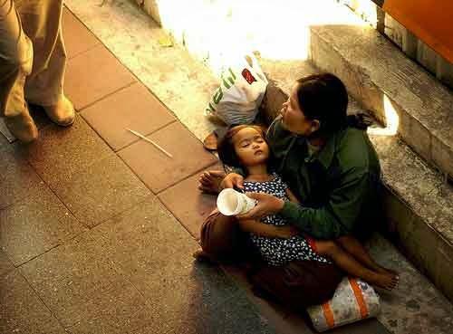 Pengemis, Bayi tertidur, beggars, ibu, peminta-minta, miskin