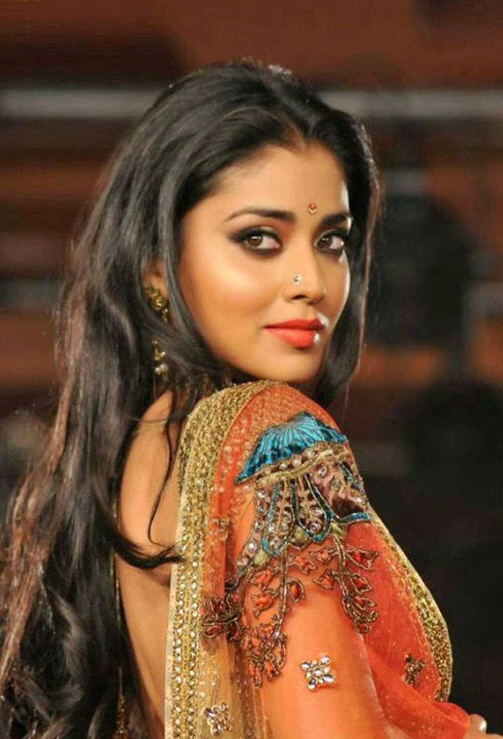 all 4u hd wallpaper free download : shriya saran wallpapers fee download