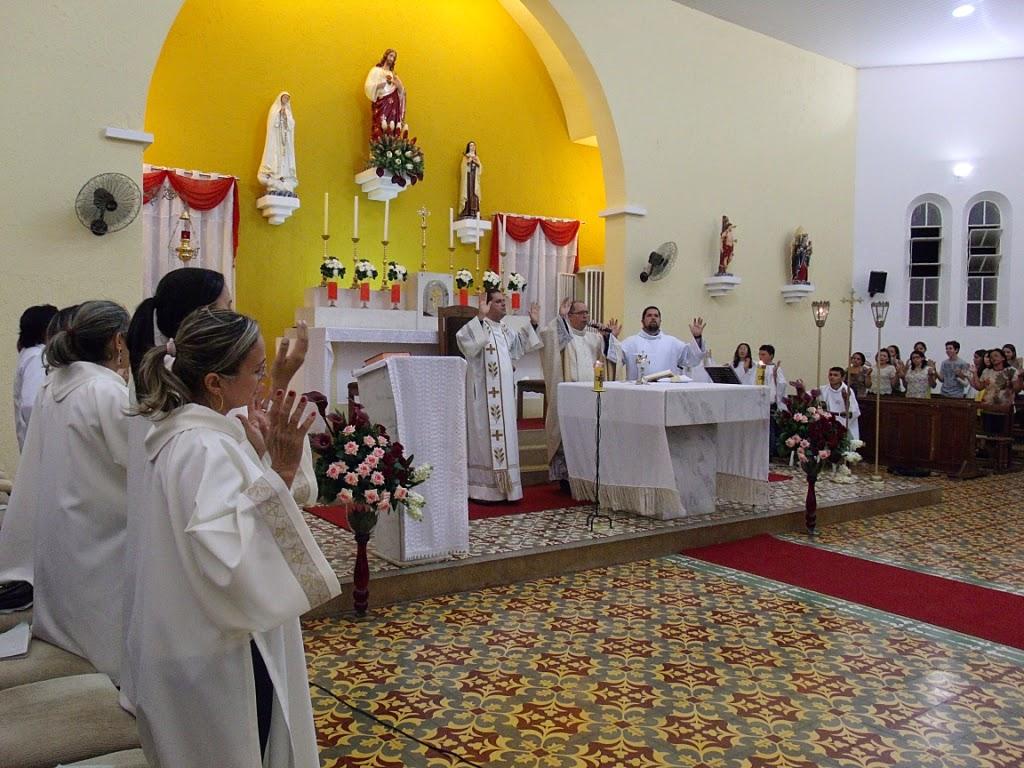 Imagens da 1ª noite de novena em honra ao Sagrado Coraçao de Jesus