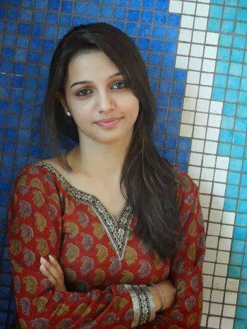 Desi+Indian+perfect+cute+girl+posing001