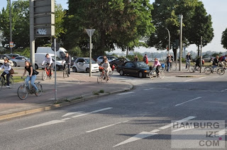 http://hamburgize.blogspot.de/2013/08/reine-nervensache-radfahren-zur-arbeit.html