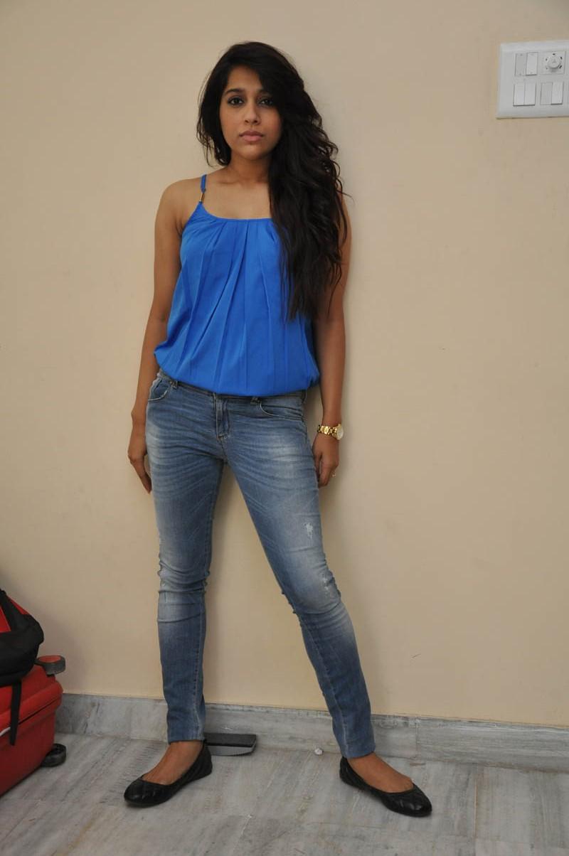 Rashmi Gautam new glam pics-HQ-Photo-18