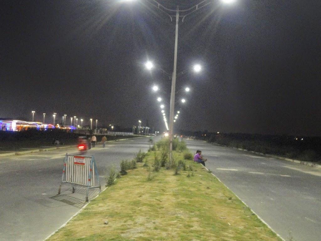 waterproof hps light watt high white daylight le roadway dw output lights equiv lighting street led