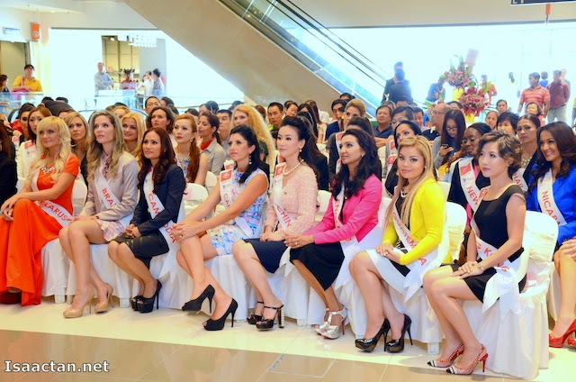 Mrs Universe 2014 delegates present at the launch
