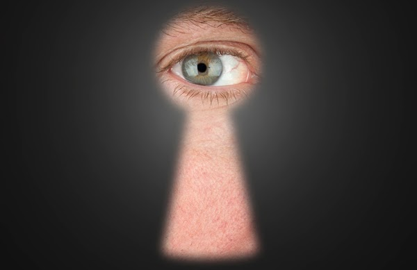 http://lorirtaylor.com/how-to-spot-social-media-stalkers-before-its-too-late/