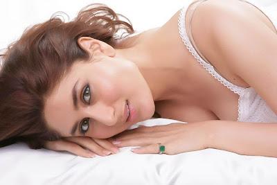 Kareena Kapoor Hot HQ Photos