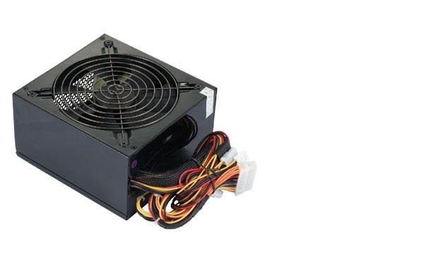"""<img src=""""http://4.bp.blogspot.com/-hIr2sUsqKZU/UiYkM3AaUOI/AAAAAAAAAaQ/1Uml2j7-oUg/s1600/gambar+1.1.jpg"""" alt=""""Powersupply dan kabel-kabel untuk mengalirkan arus listrik ke komponen di dalam kotak CPU""""/>"""