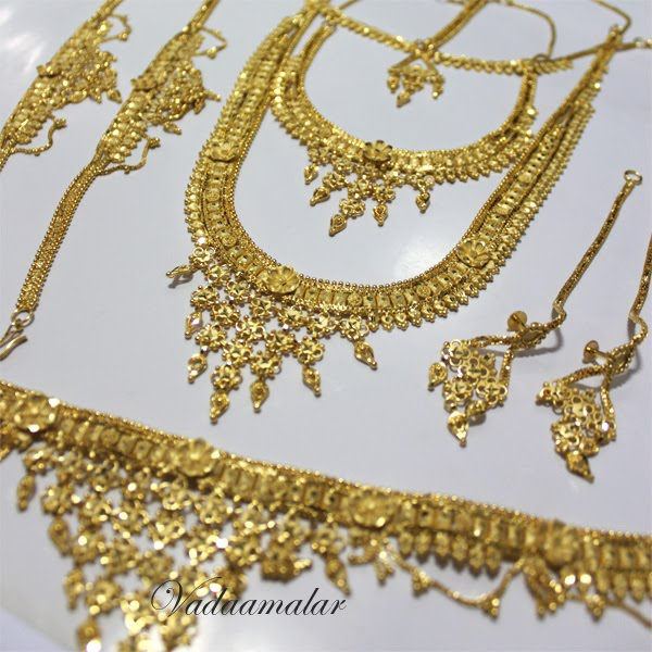 Tradtional Jewelry of India Bridal Jewelry Sets worn in India