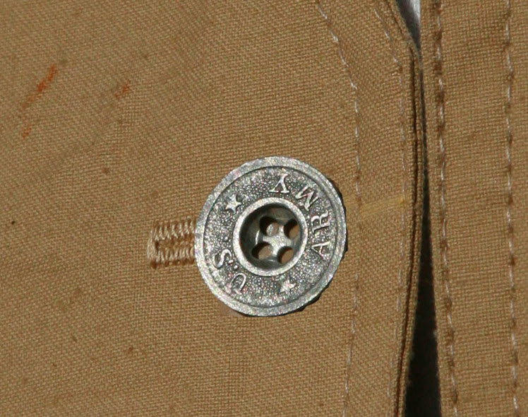 US ARMY BUTTON