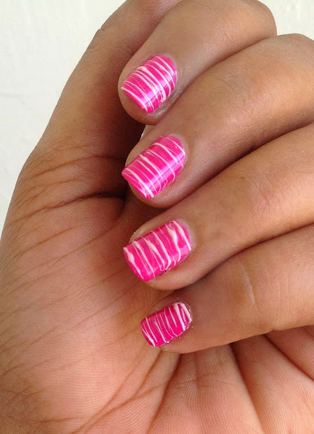 nail design with lines