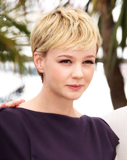 michelle williams haircut december 2010. williams haircut december