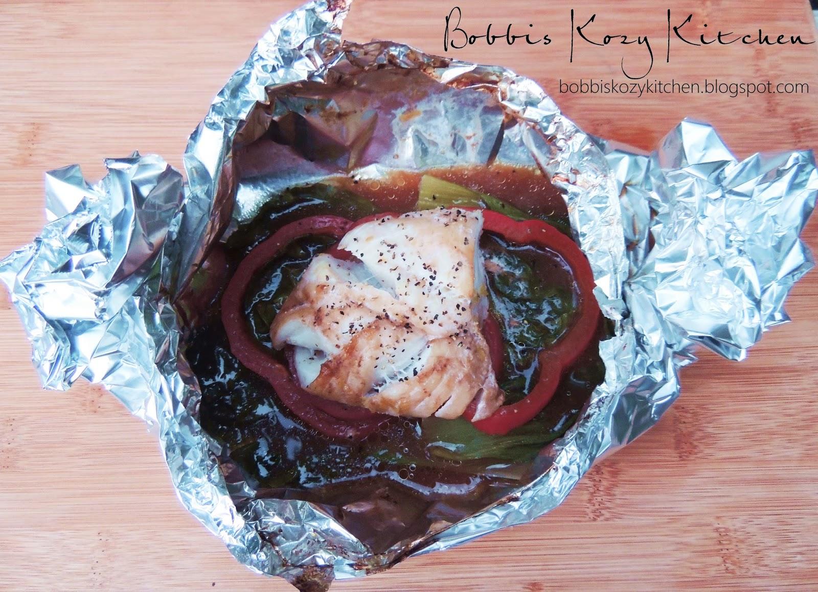 Citrus soy cod in foil bobbi 39 s kozy kitchen for Tin foil fish