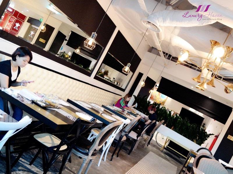 arteastiq tea house plaza singapura dining hall