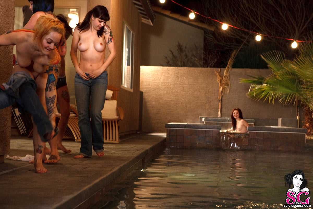 Opaque Suicide Skinny Dipping Girls - Sex Porn Images