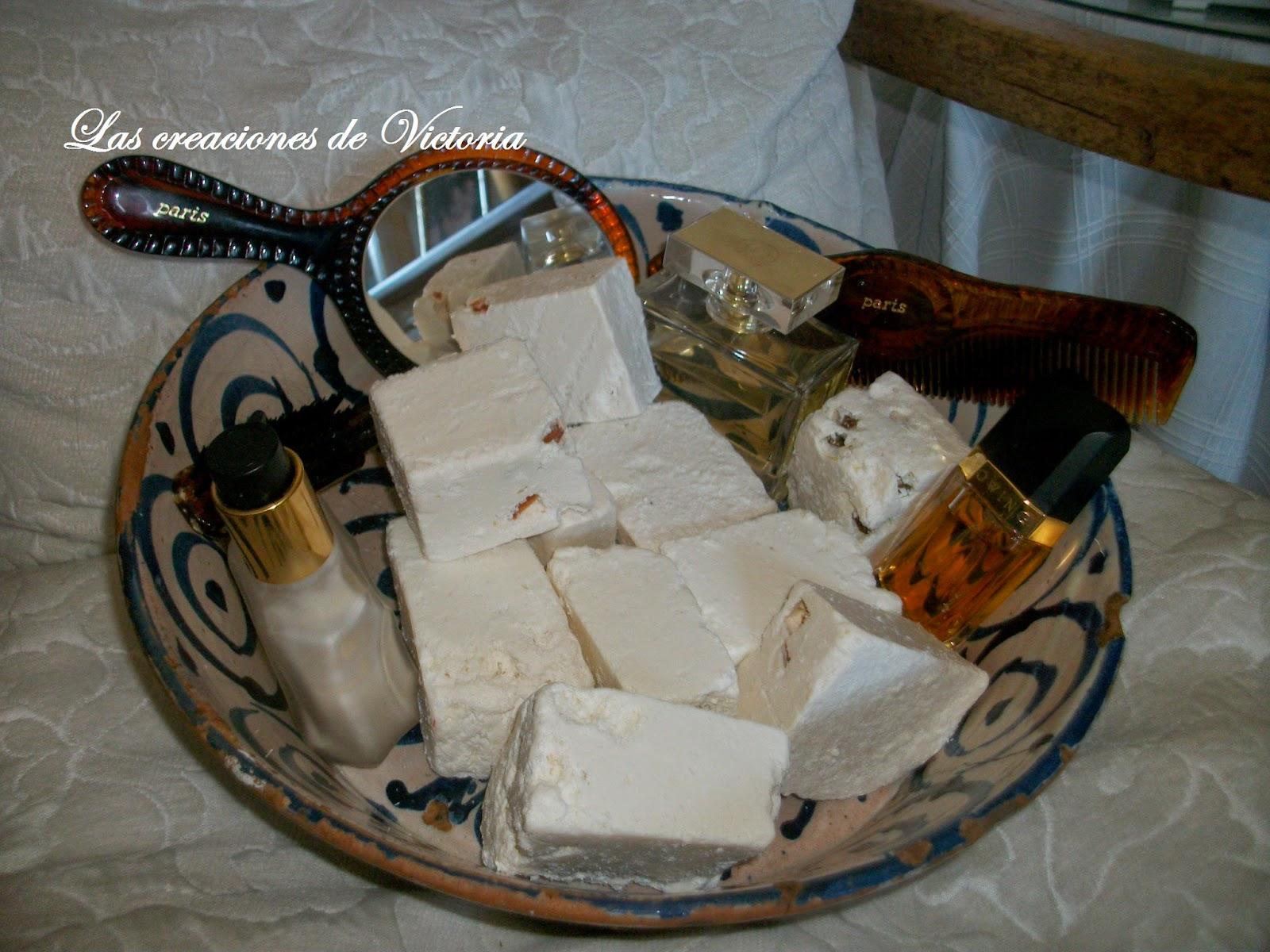 Las creaciones de Victoria.Reutilizar.Reciclar.Jabón casero con aceite usado.