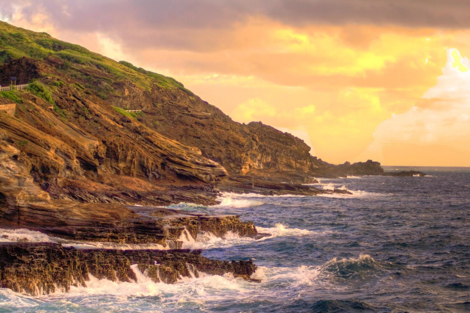 Ka Iwi Coastline, O'ahu  Chris Dacus