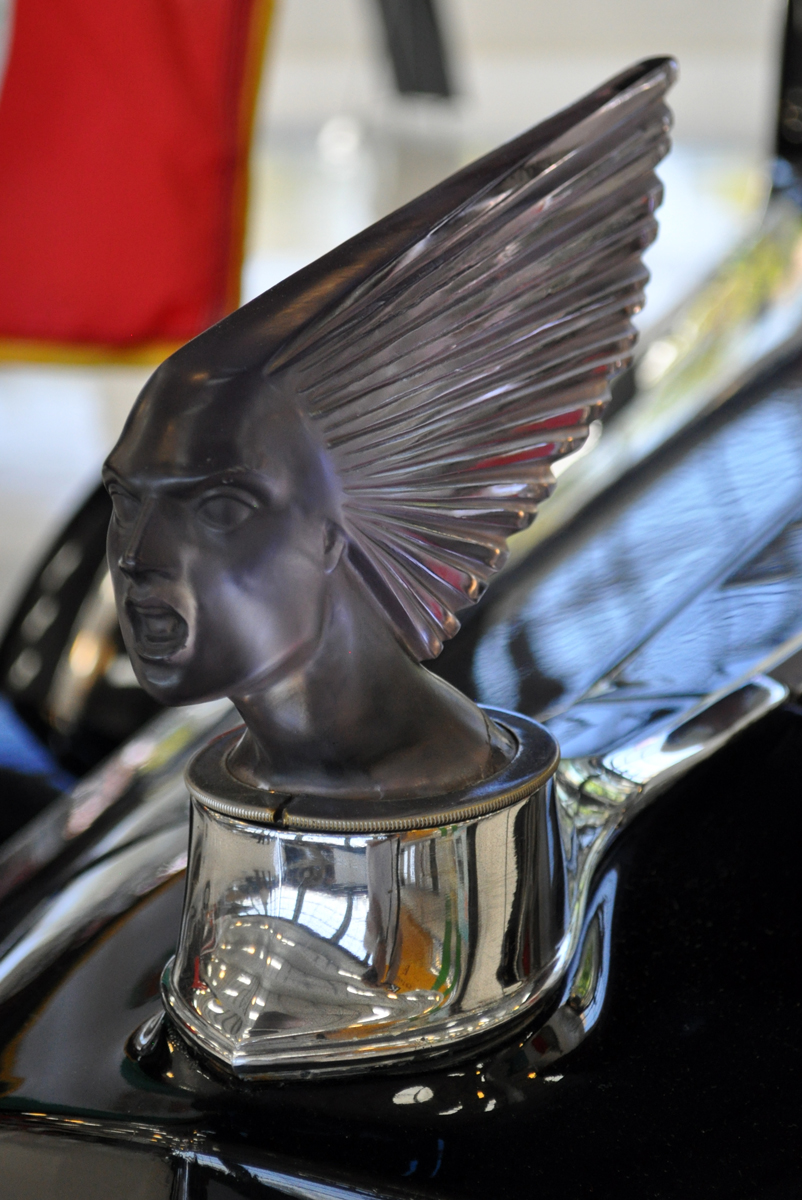 Lalique hood ornaments - Above Is On A Packard At The Lyon Air Museum