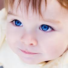 هل تعلم أن التغيير في لون العين علامة لوجود خلل بالجسم !