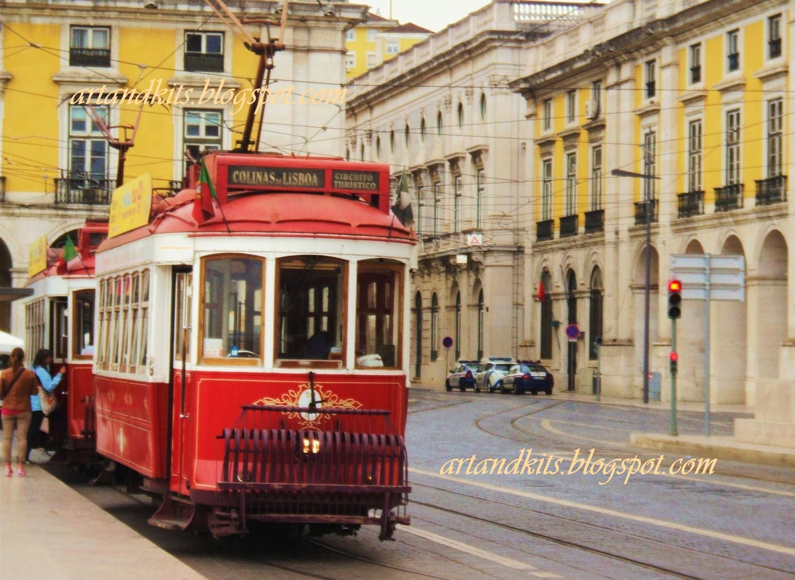 Lisboa... a capital de Portugal. A mais antiga cidade da Europa Ocidental, e uma das mais antigas cidades do mundo. / Lisbon... Portugal's capital. The oldest city in Western Europe and one of the oldest cities in the world.