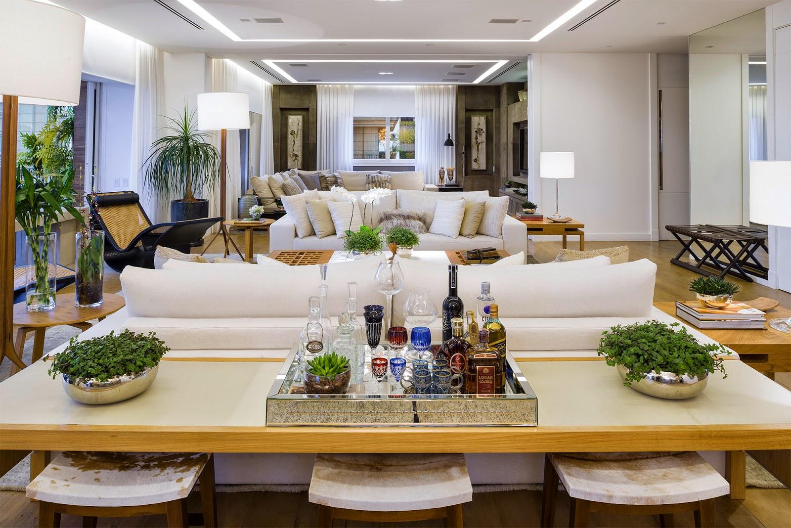 Ideias&soluções para as costas do sofá Ambientes de Charme #A37328 1600x1068