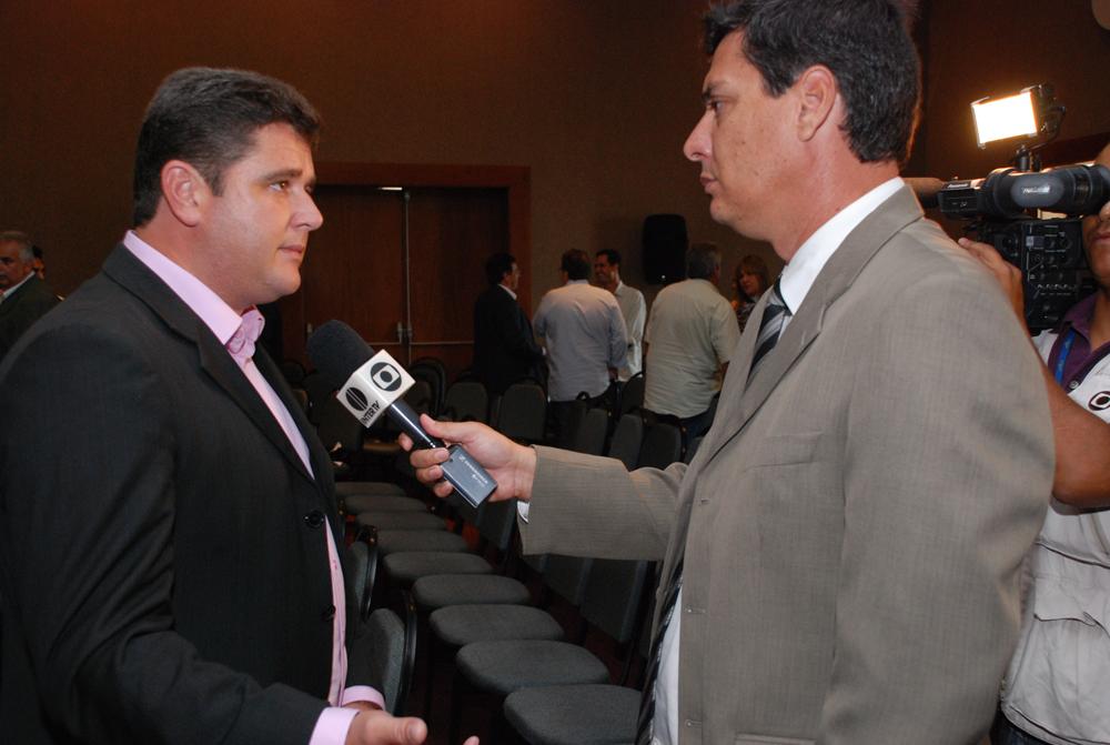 Em entrevista à InterTV, Arlei ressalta importância dos royalties do petróleo para a implantação de projetos nos municípios
