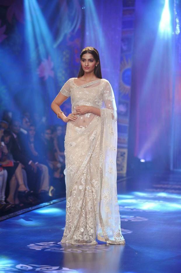 [Image: Sonam+Kapoor+latest++(2).jpg]