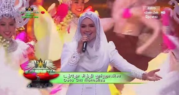 Apabila Dato Siti Nurhaliza Menyanyikan Lagu Tamil Secara Langsung