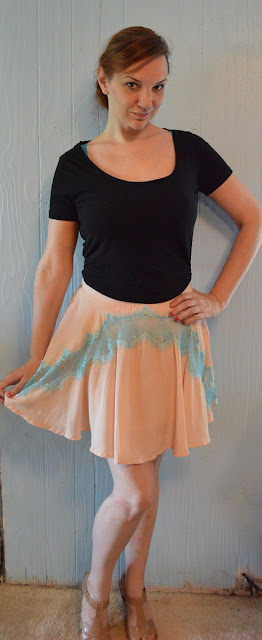 English Rose Lace Border Mini Skirt