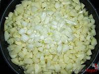 Tortilla española con queso y baicon-papas y cebolla