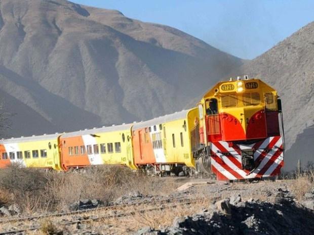Cr nica ferroviaria expresar benepl cito por el acuerdo for Ministerio del interior y transporte de la nacion